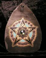 Gold Celtic Pentagram Slate
